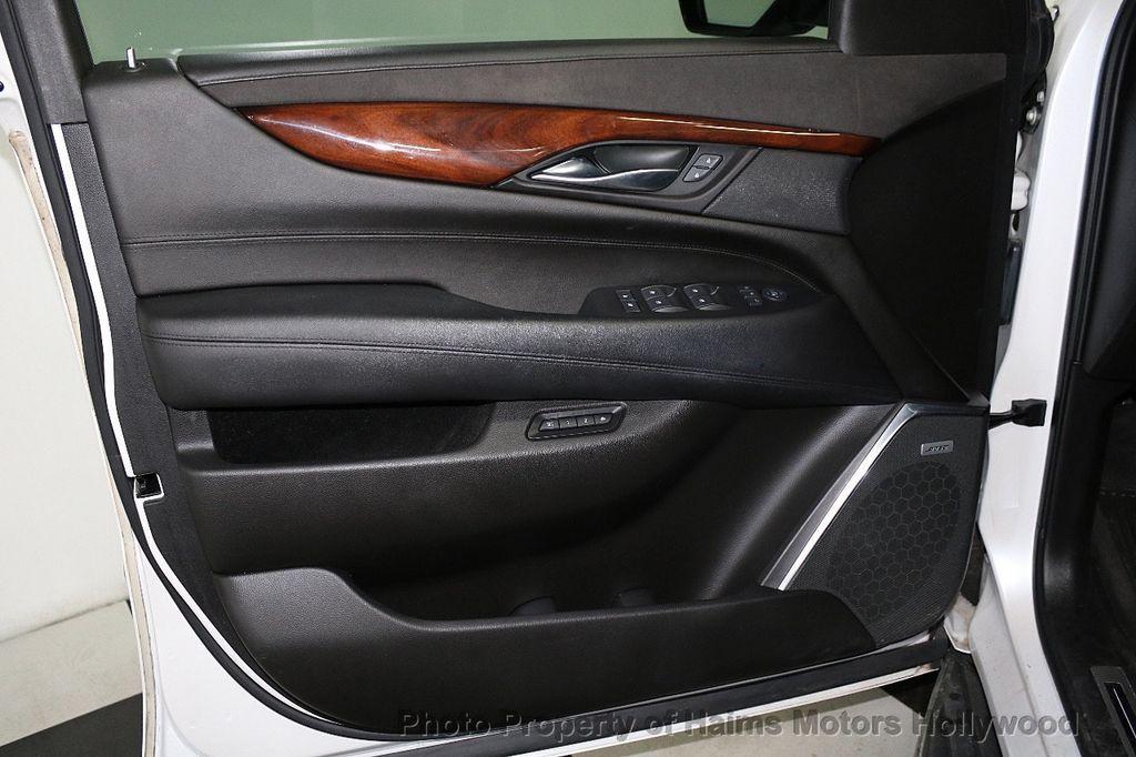 2016 Cadillac Escalade 2WD 4dr Luxury Collection - 18066530 - 10