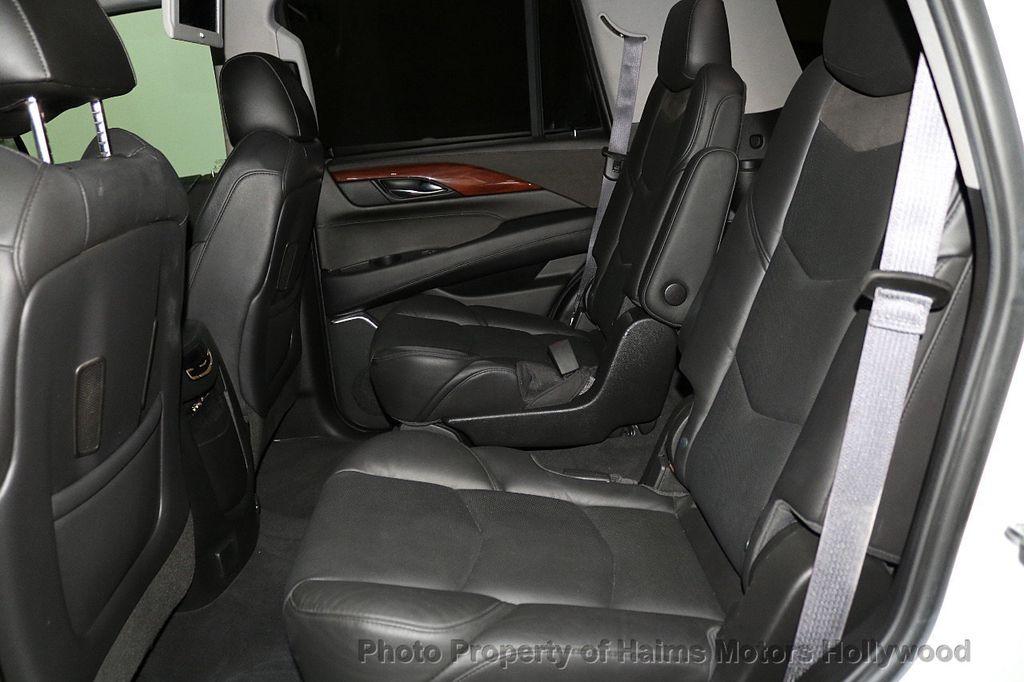 2016 Cadillac Escalade 2WD 4dr Luxury Collection - 18066530 - 18