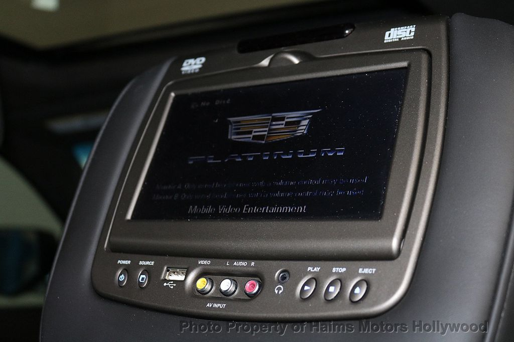 2016 Cadillac Escalade 2WD 4dr Platinum - 18528224 - 17