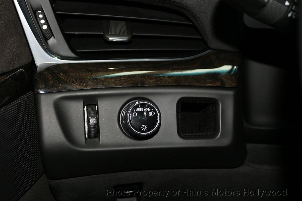 2016 Cadillac Escalade 2WD 4dr Platinum - 18528224 - 30