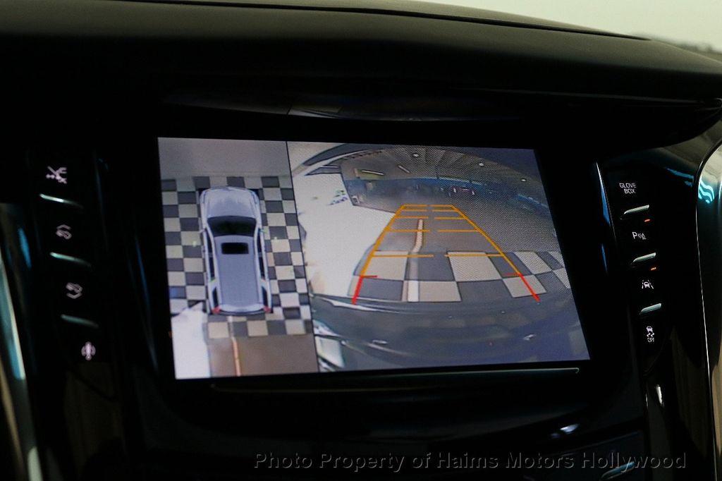 2016 Cadillac Escalade 2WD 4dr Platinum - 18528224 - 36