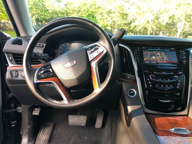 2016 Cadillac Escalade ESV 2WD 4dr Luxury Collection - Click to see full-size photo viewer