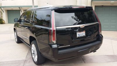 2016 Cadillac Escalade ESV ESCALADE ESV 4WD PLATINUM - Click to see full-size photo viewer