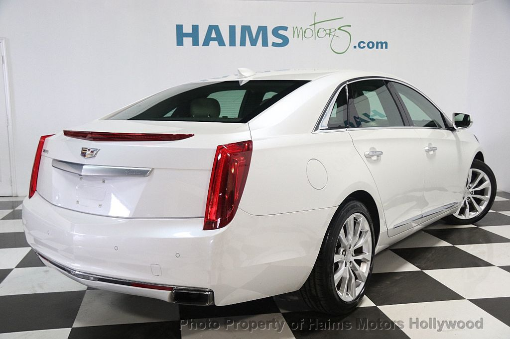 2016 used cadillac xts 4dr sedan luxury collection fwd at. Black Bedroom Furniture Sets. Home Design Ideas