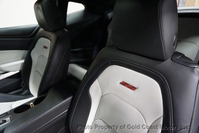 2016 Chevrolet Camaro 2dr Coupe 2SS - Click to see full-size photo viewer