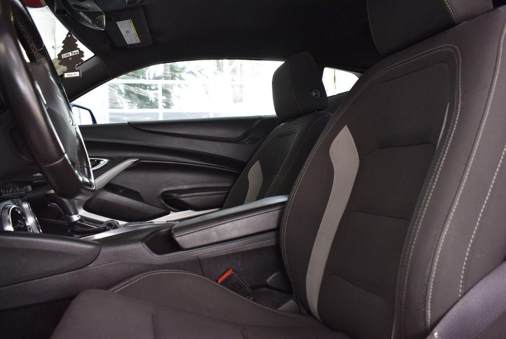 2016 Chevrolet Camaro 2dr Coupe LT w/1LT - 18592298 - 11