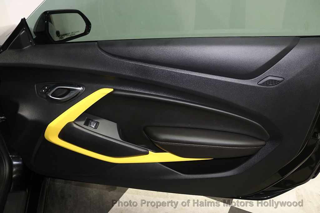 2016 Chevrolet Camaro 2dr Coupe LT w/1LT - 17907515 - 11