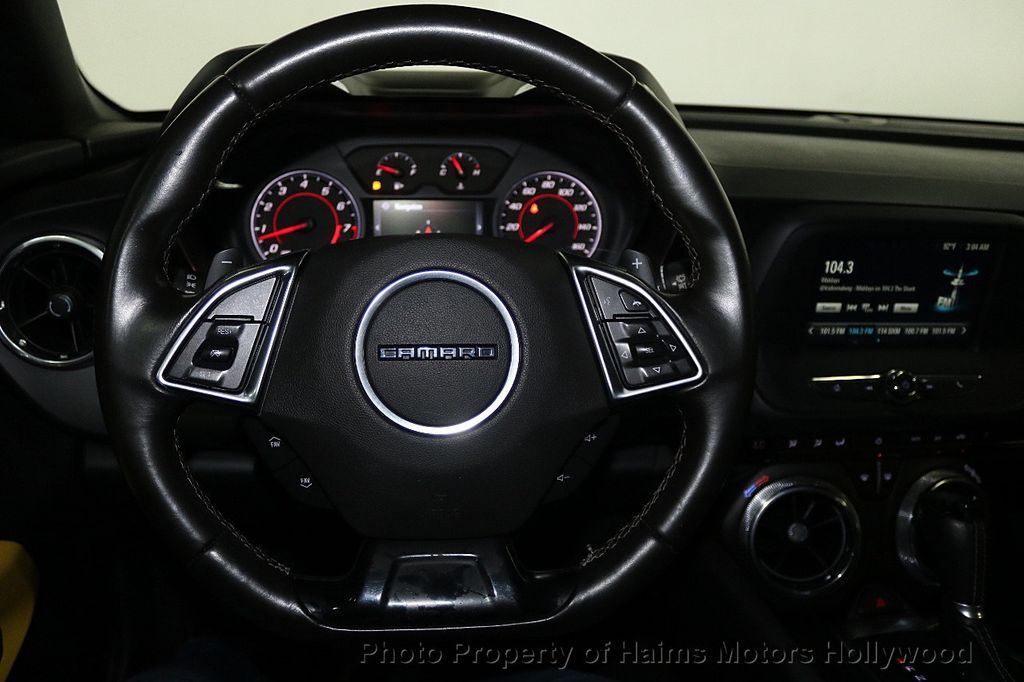 2016 Chevrolet Camaro 2dr Coupe LT w/1LT - 17907515 - 26