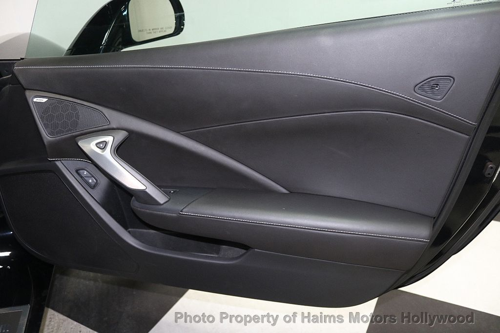 2016 Chevrolet Corvette 2dr Stingray Coupe w/3LT - 17842753 - 10