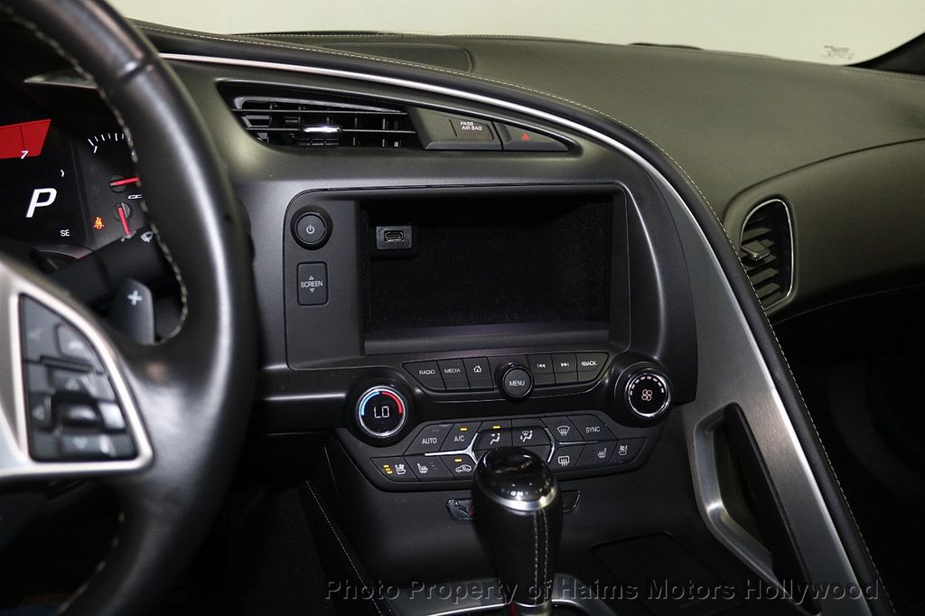 2016 Chevrolet Corvette 2dr Stingray Coupe w/3LT - 17842753 - 16