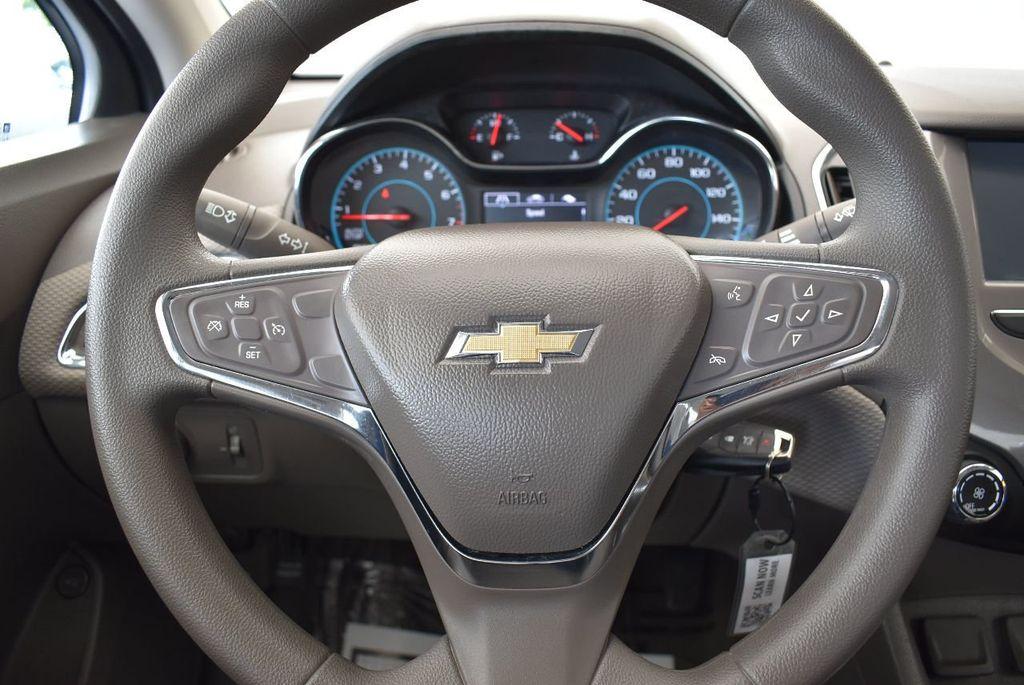 2016 Chevrolet CRUZE 4dr Sedan Automatic LT - 17679420 - 17