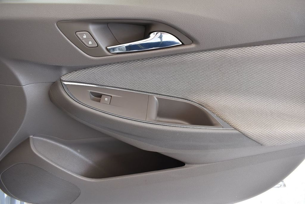 2016 Chevrolet CRUZE 4dr Sedan Automatic LT - 17679420 - 25