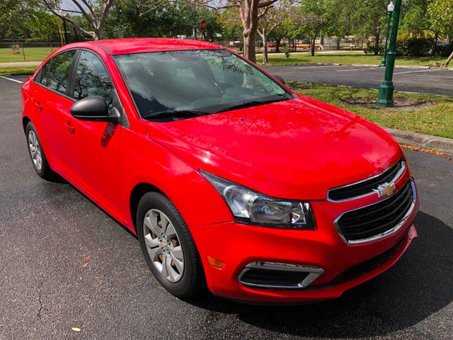 2016 Chevrolet Cruze Limited 4dr Sedan Automatic LS - Click to see full-size photo viewer