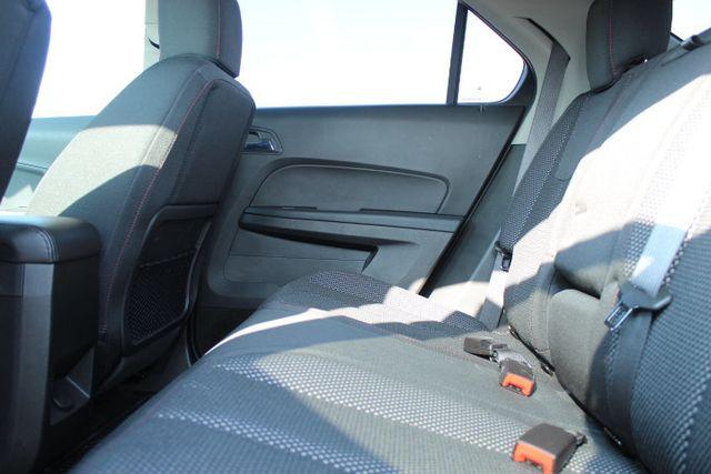2016 Chevrolet Equinox FWD 4dr LT - 18346489 - 12