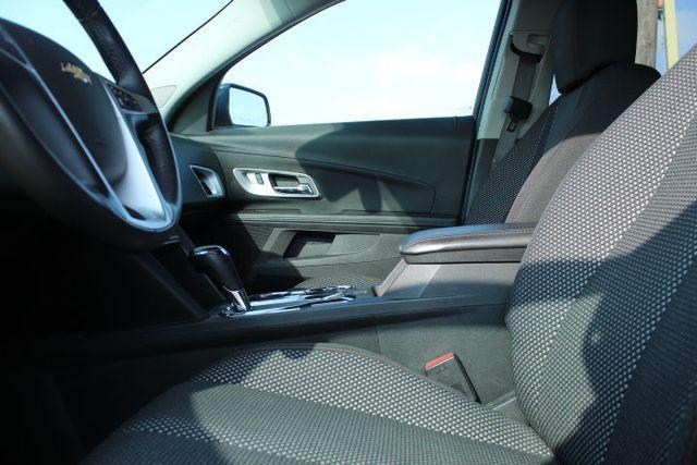 2016 Chevrolet Equinox FWD 4dr LT - 18346489 - 15