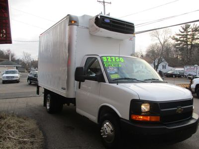 2016 Chevrolet Express Commercial Cutaway 3500 Van 139 - Click to see full-size photo viewer