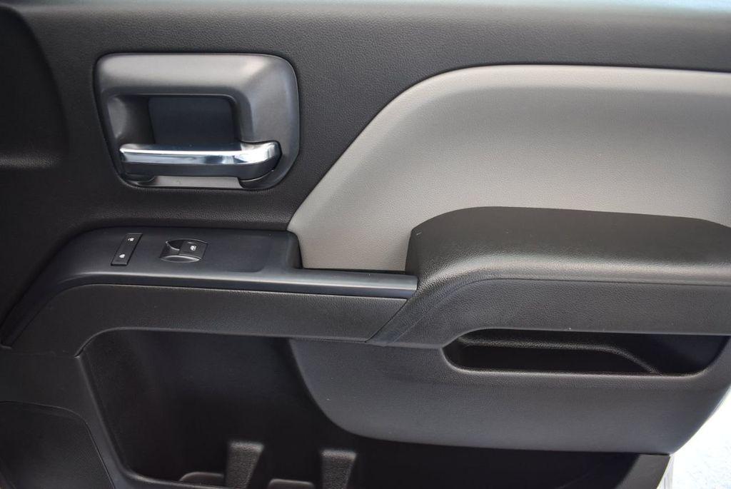 """2016 Chevrolet Silverado 1500 2WD Crew Cab 143.5"""" LS - 18093607 - 21"""