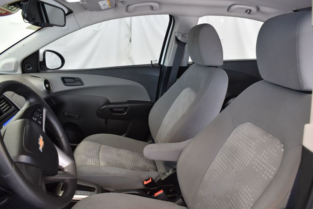 2016 Chevrolet Sonic 4dr Sedan Automatic LS - 17875124 - 12