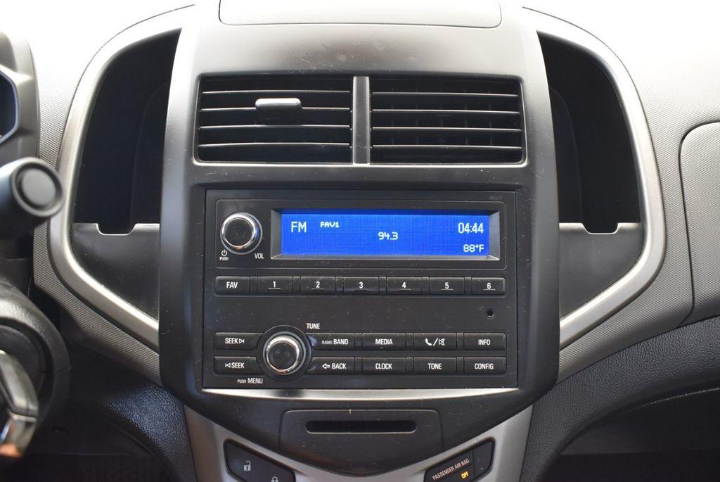 2016 Chevrolet Sonic 4dr Sedan Automatic LS - 17875124 - 19