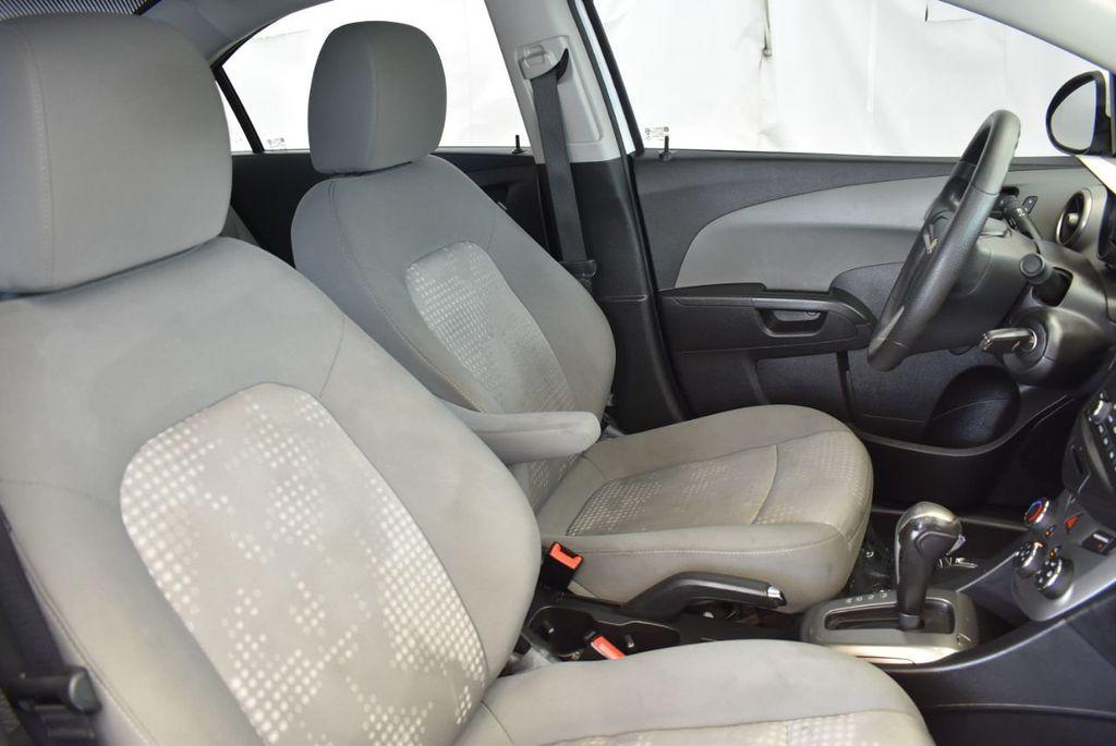 2016 Chevrolet Sonic 4dr Sedan Automatic LS - 17875124 - 22