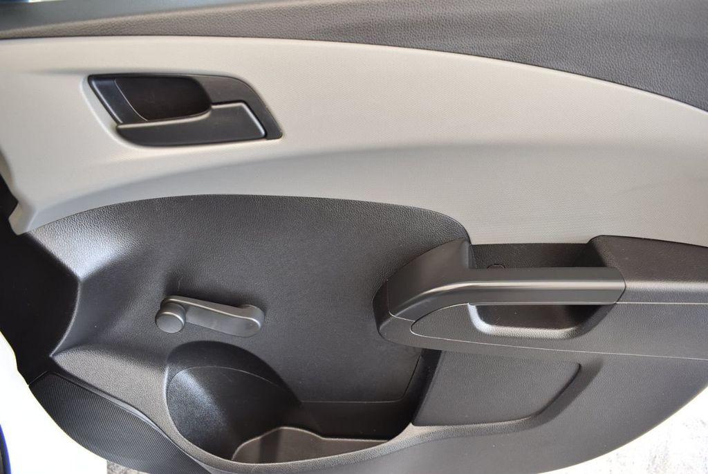 2016 Chevrolet Sonic 4dr Sedan Automatic LS - 17875124 - 23