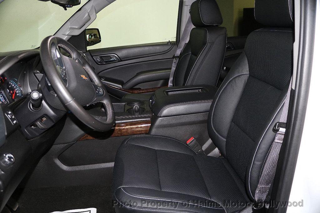 2016 Chevrolet Suburban W/ LEATHER - 17701430 - 19