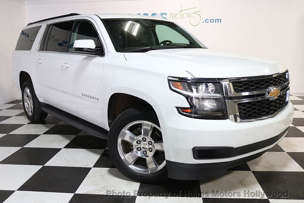2016 Chevrolet Suburban W/ LEATHER - 17701430 - 3