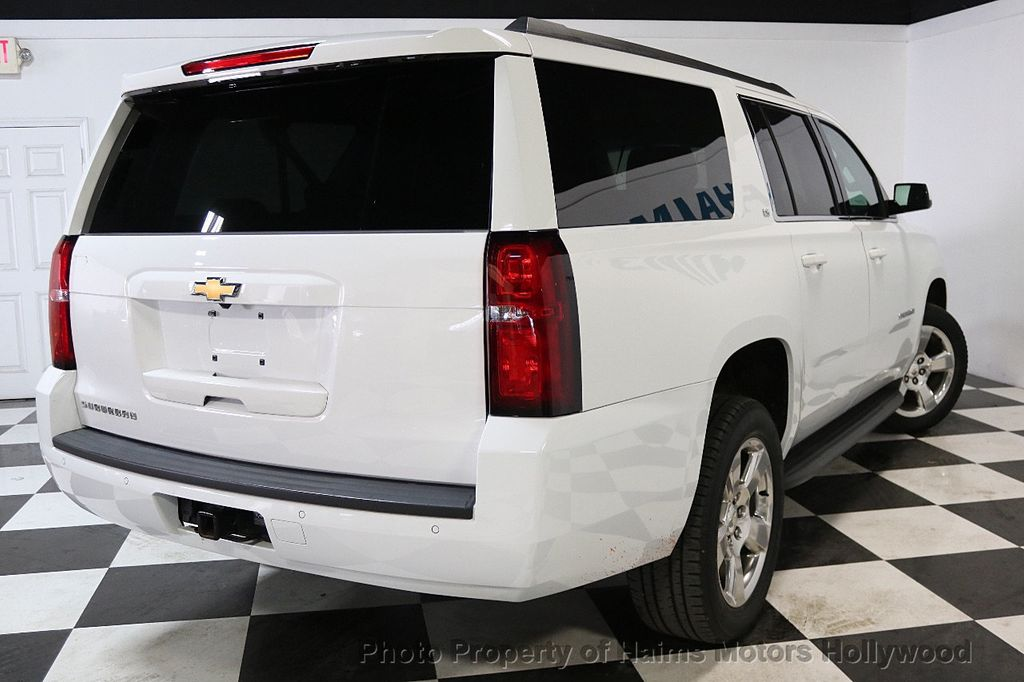2016 Chevrolet Suburban W/ LEATHER - 17701430 - 6
