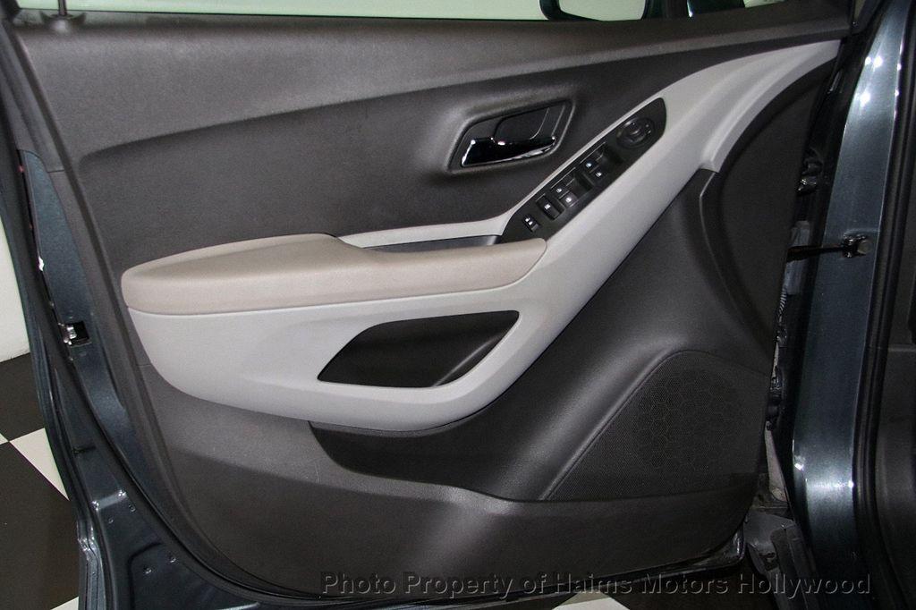 2016 Chevrolet Trax FWD 4dr LT - 17312758 - 9