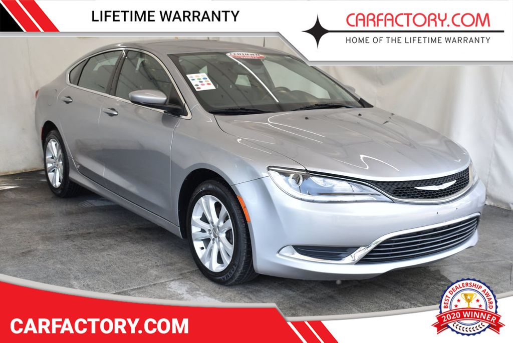 2016 Chrysler 200 4dr Sedan C AWD - 18093615 - 0