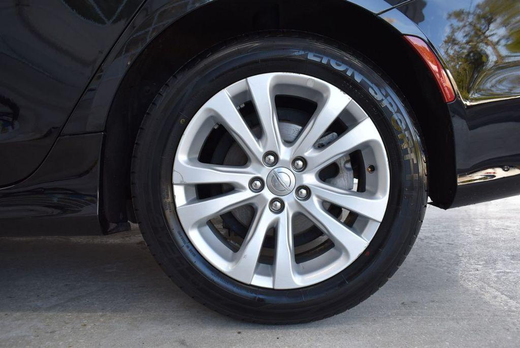 2016 Chrysler 200 4dr Sedan C FWD - 18487899 - 9