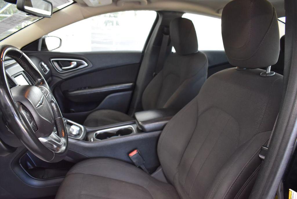 2016 Chrysler 200 4dr Sedan C FWD - 18487899 - 13