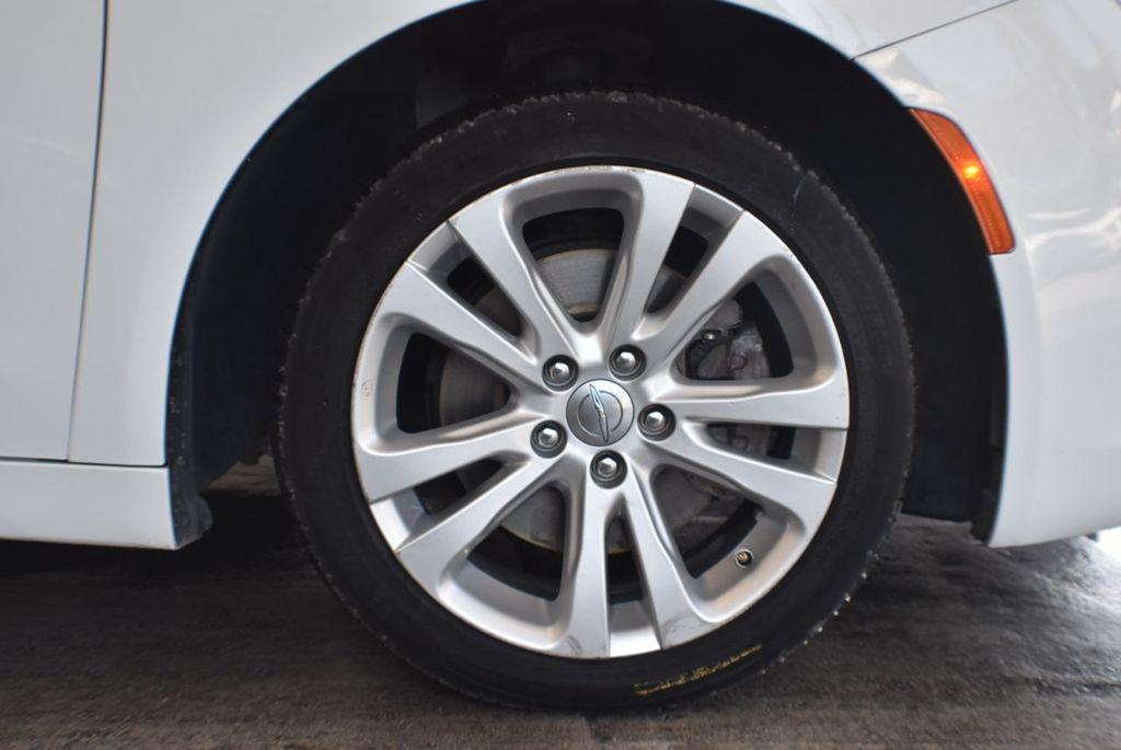 2016 Chrysler 200 4dr Sedan LX FWD - 18250867 - 8