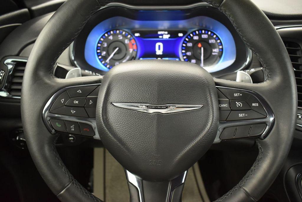 2016 Chrysler 200 4dr Sedan S FWD - 18637836 - 19