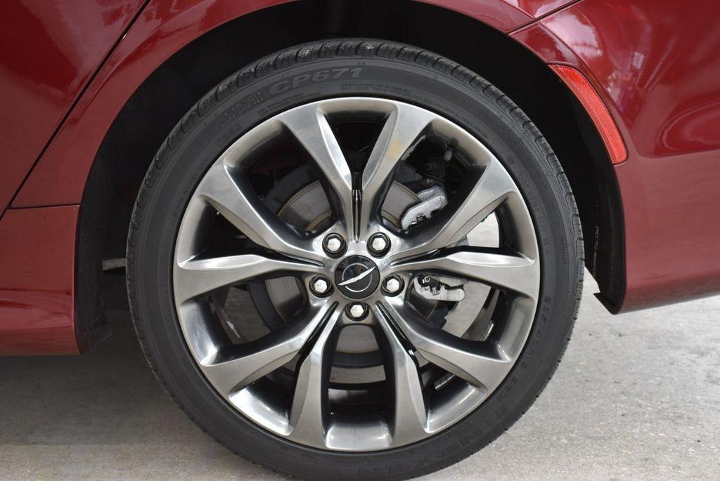 2016 Chrysler 200 4dr Sedan S FWD - 18637836 - 7