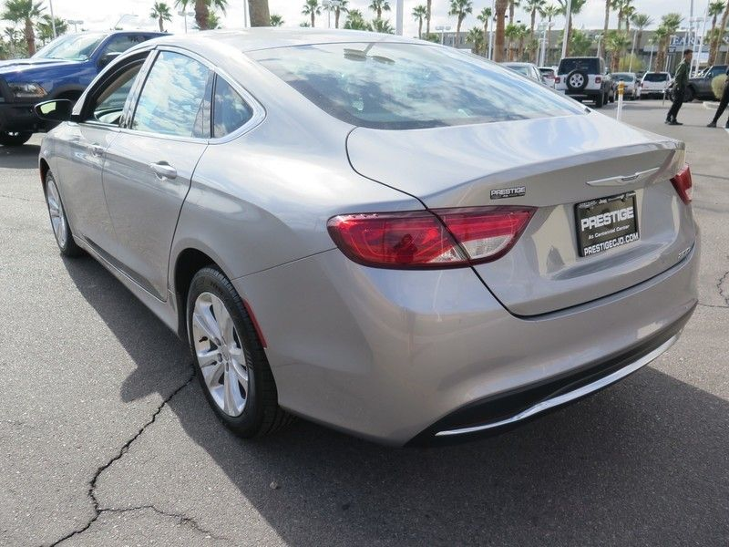 2016 Chrysler 200 LIMITED - 17396059 - 9