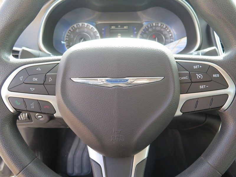 2016 Chrysler 200 LIMITED - 17396059 - 18