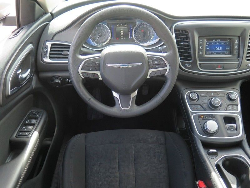 2016 Chrysler 200 LIMITED - 17396059 - 6