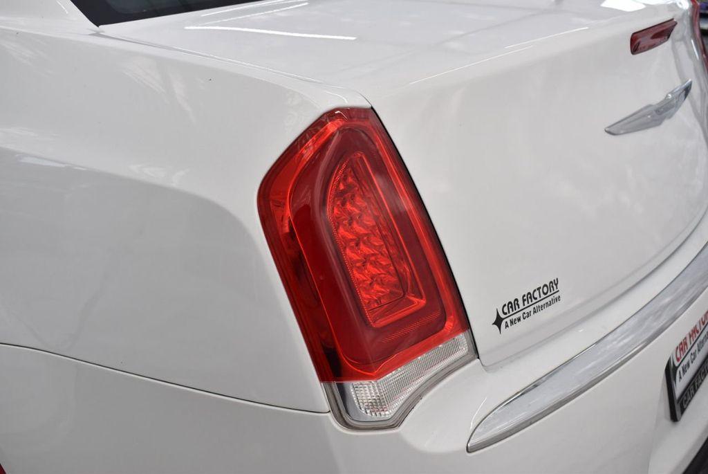 2016 Chrysler 300  - 18592383 - 4
