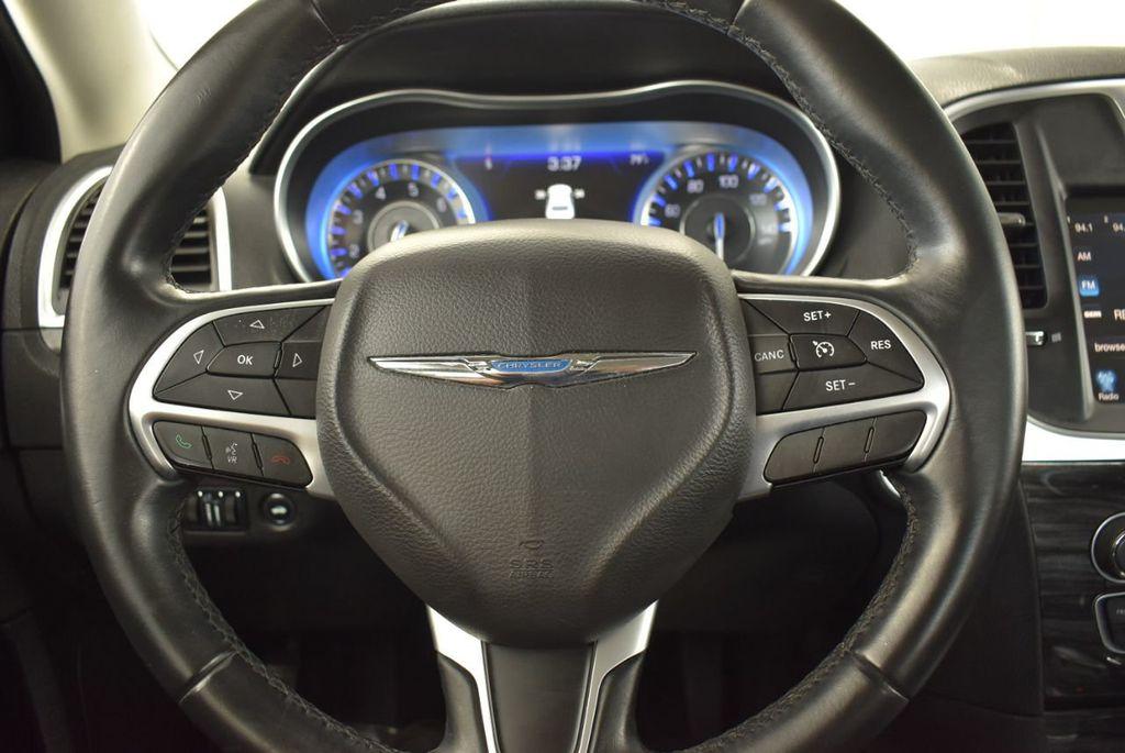 2016 Chrysler 300  - 18592392 - 11