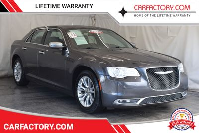 2016 Chrysler 300 4dr Sedan 300C RWD