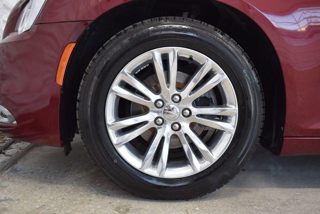 2016 Chrysler 300 4dr Sedan 300C RWD - 18448713 - 9