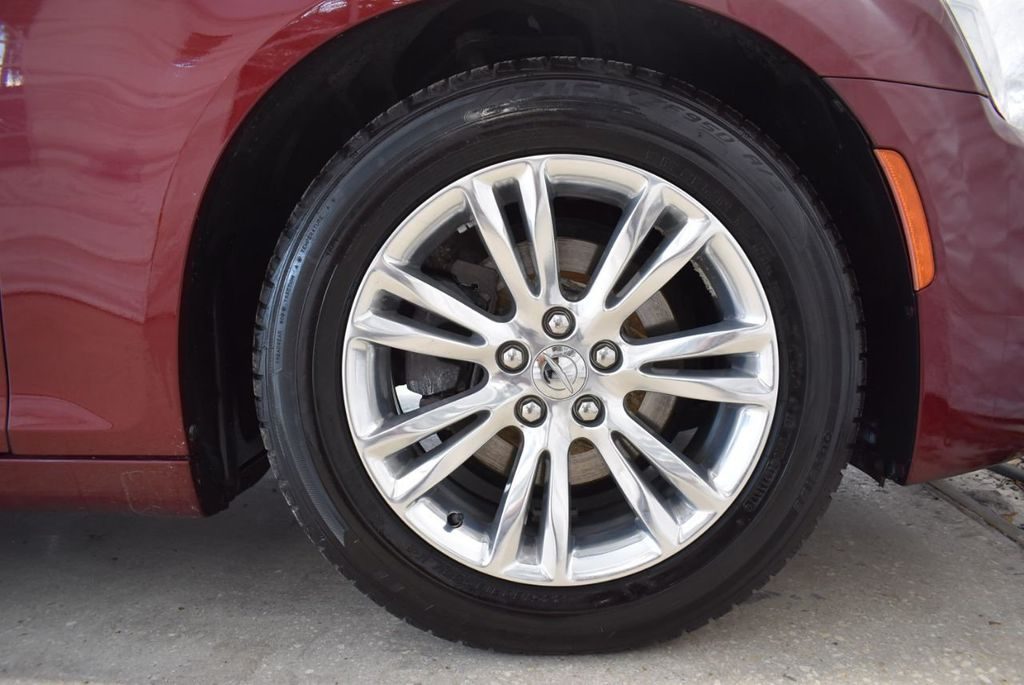 2016 Chrysler 300 4dr Sedan 300C RWD - 18448713 - 10