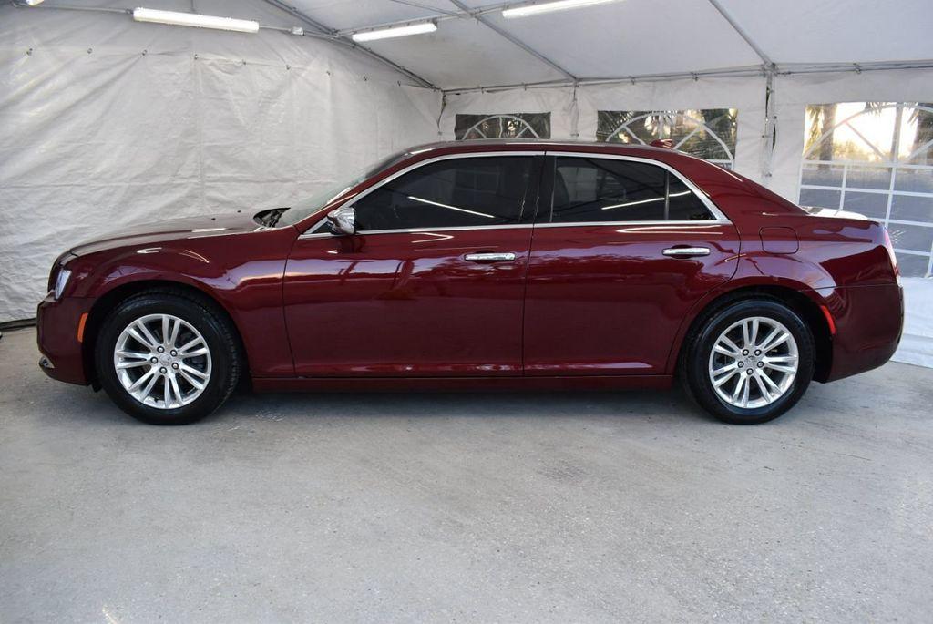 2016 Chrysler 300 4dr Sedan 300C RWD - 18448713 - 4