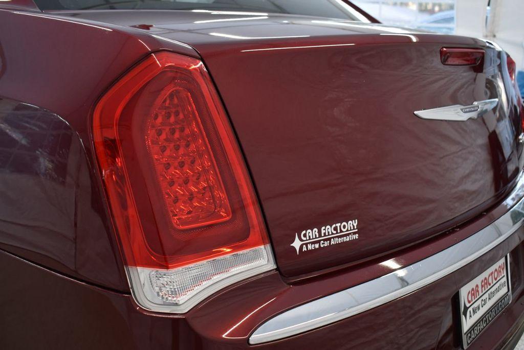 2016 Chrysler 300 4dr Sedan 300C RWD - 18448713 - 6
