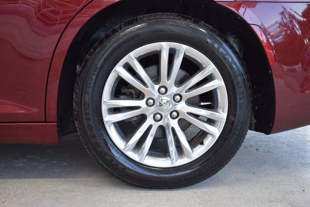 2016 Chrysler 300 4dr Sedan 300C RWD - 18448713 - 8