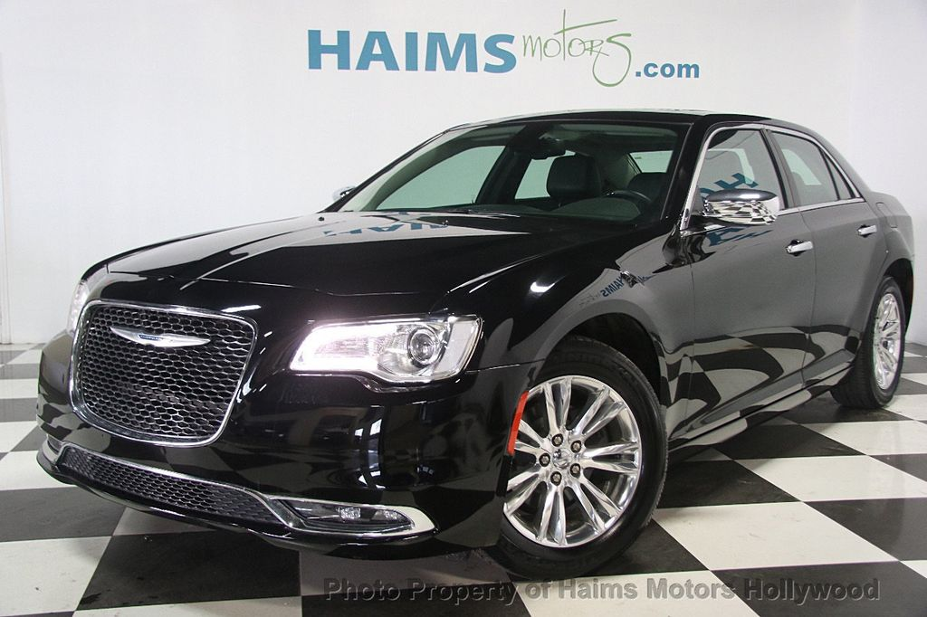 2016 Chrysler 300 4dr Sedan 300C RWD - 16597679 - 0