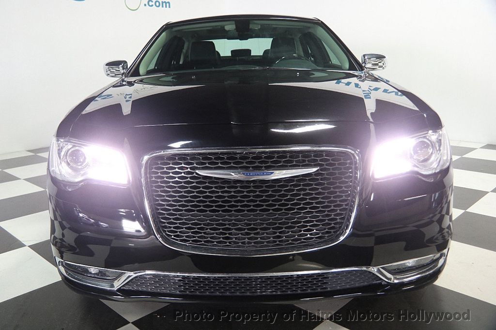 2016 Chrysler 300 4dr Sedan 300C RWD - 16597679 - 1