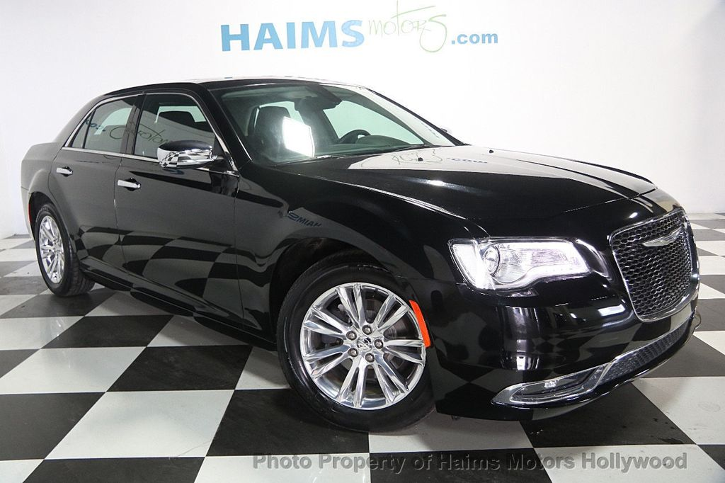 2016 Chrysler 300 4dr Sedan 300C RWD - 16597679 - 2