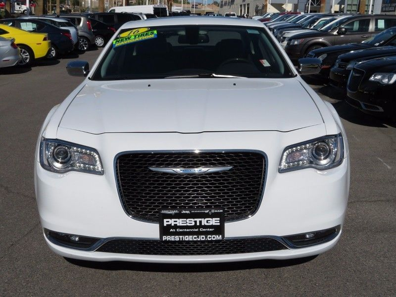 2016 Chrysler 300 4dr Sedan 300C RWD - 16862620 - 1